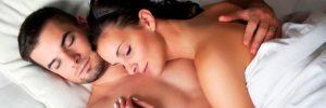 beneficios-dormir-desnudo